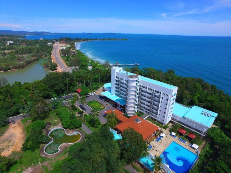 independence hotel and resort